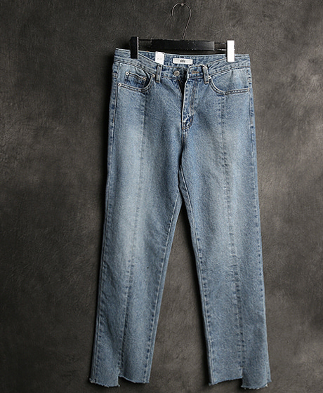 P-6919UNBALANCE LINE DENIM PANTS언밸런스 라인 데님 팬츠Color : 1 colorMaterial : denim