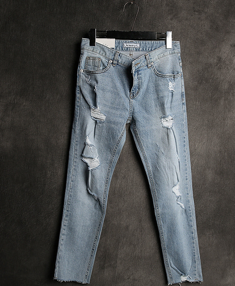 P-7134DAMAGED PATTERN DENIM PANTS데미지 패턴 데님 팬츠Color : 1 colorMaterial : denim