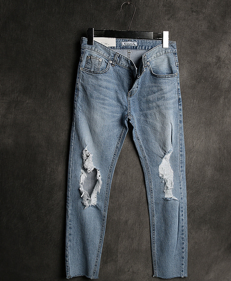 P-7133DAMAGED PATTERN DENIM PANTS데미지 패턴 데님 팬츠Color : 1 colorMaterial : denim