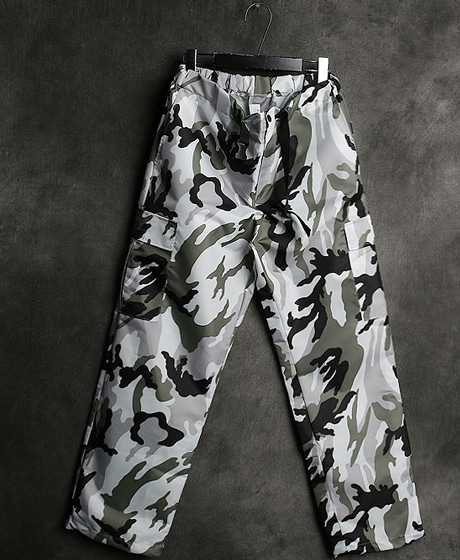 P-8256CAMOUFLAGE BANDING PANTS카모플라쥬 밴딩 팬츠Color : 2 colorMaterial : poly