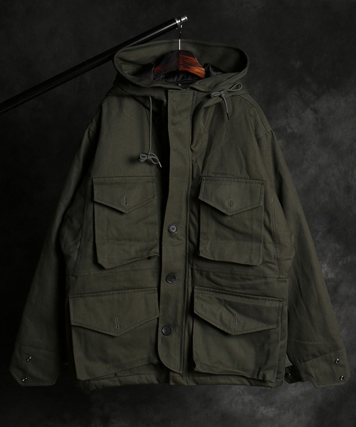 JK-14729multi pocket pattern field jacket